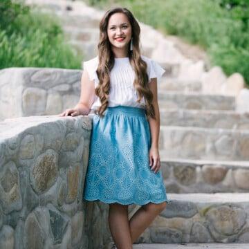 McCalls M7544 Sewing Pattern loose flow blouse style maker fabrics white swiss dot chambray skirt free tutorial