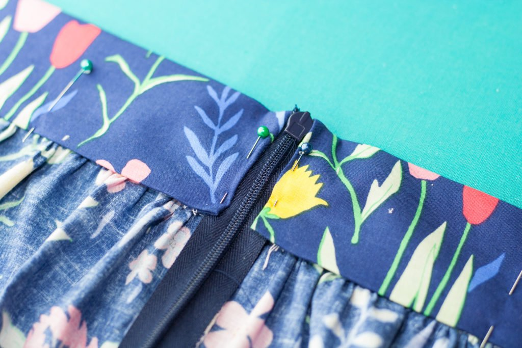 DIY Women's Gathered Skirt Sewing Tutorial