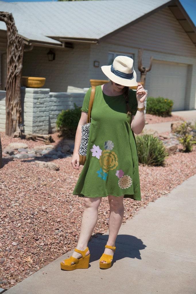 Women's Dress PDF Sewing Pattern Iron-On HTV Flowers Tutorial
