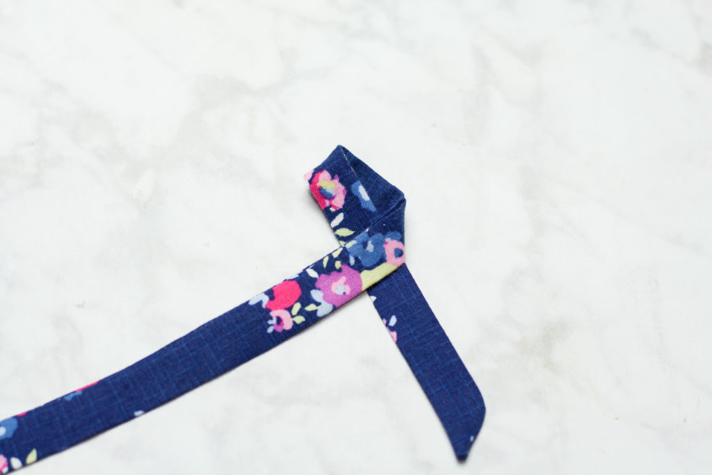 DIY Hair Bows: How To Make a Simple Bow Sewing Tutorial  featured by top US craft blogger, Sweet Red Poppy.