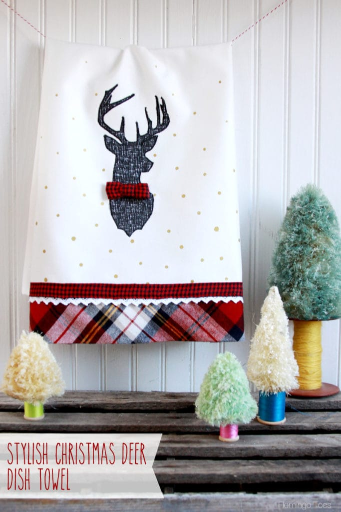 20+ Christmas Sewing Projects featured by top US craft blogger, Sweet Red Poppy: Flamingo Toes Christmas Deer Dish Towel