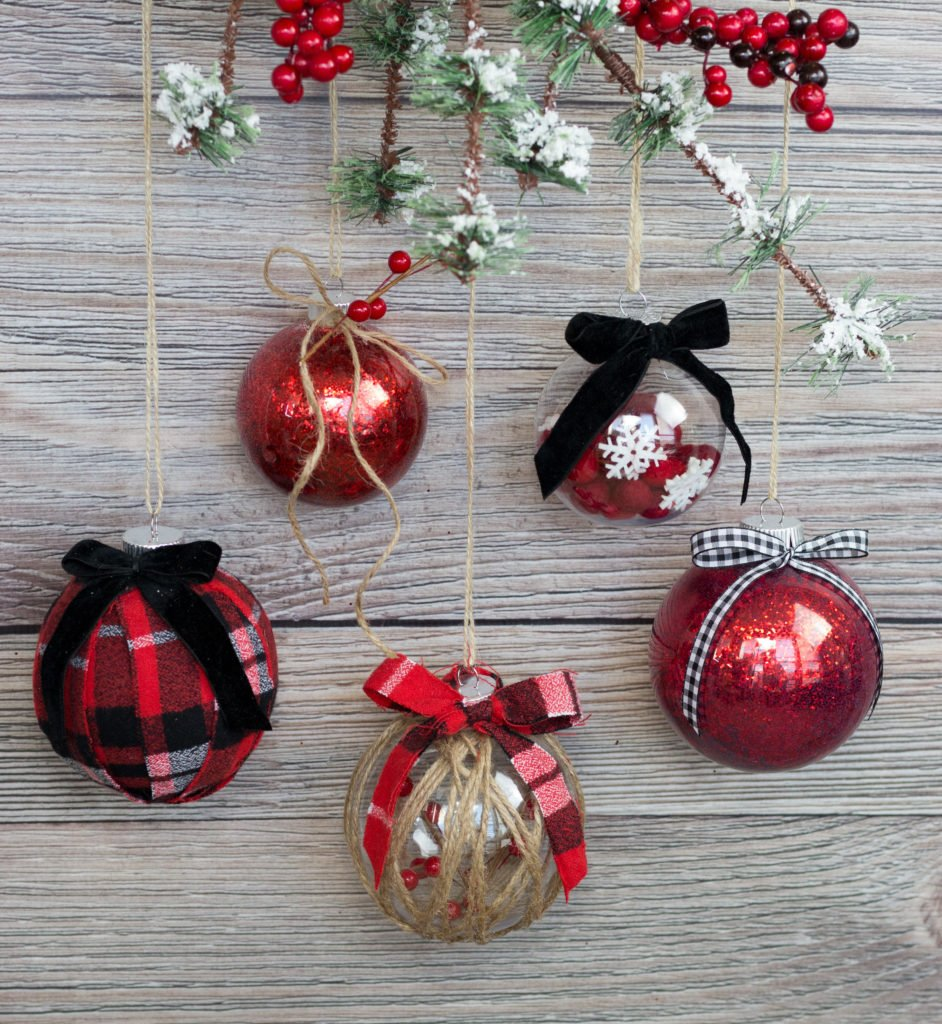 Easy Ways To Decorate Clear Plastic Ornaments For Christmas