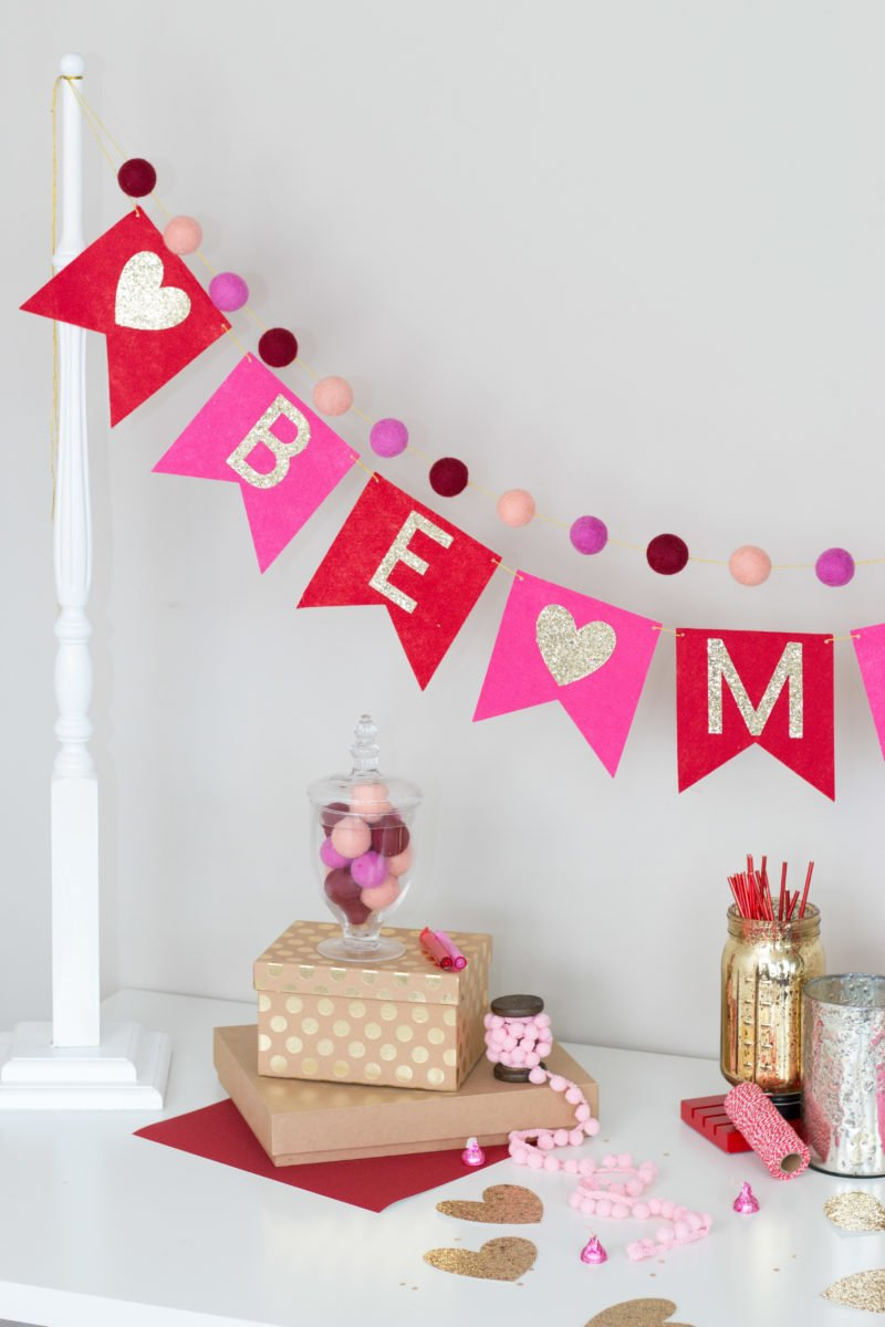 Valentine S Day Be Mine Banner Felt Garland Sweet Red Poppy