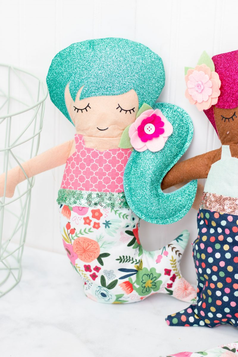 Cricut Maker Simplicity Sewing Pattern Mermaid Doll Sewing Tutorial