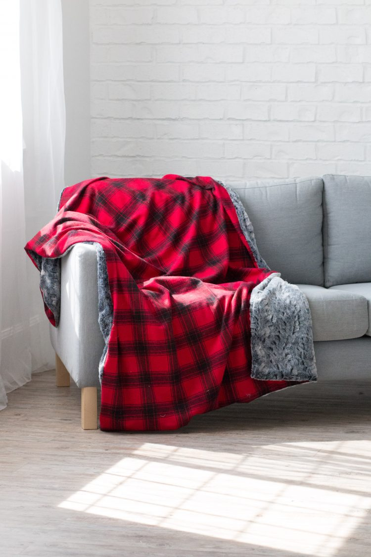 Pleasing Flannel Fur Holiday Blanket Joann Sweet Red Poppy Short Links Chair Design For Home Short Linksinfo
