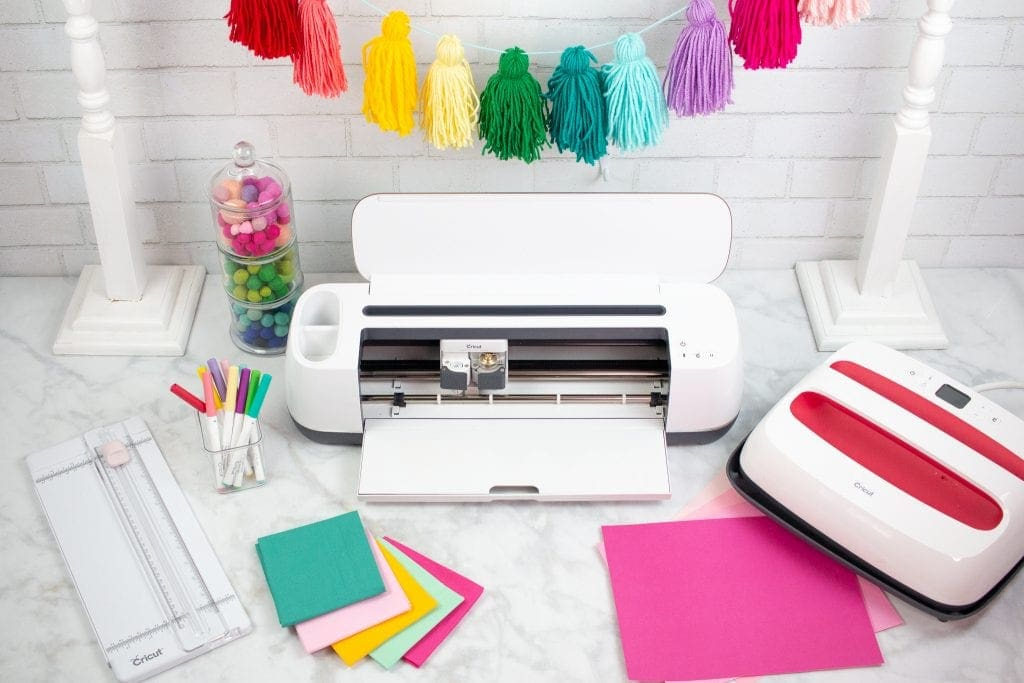 Cricut Maker vs Explore Air 2 review: Which Machine to Buy, a review featured by top US craft blog, Sweet Red Poppy: Why you should buy the Cricut Maker Cutting Machine
