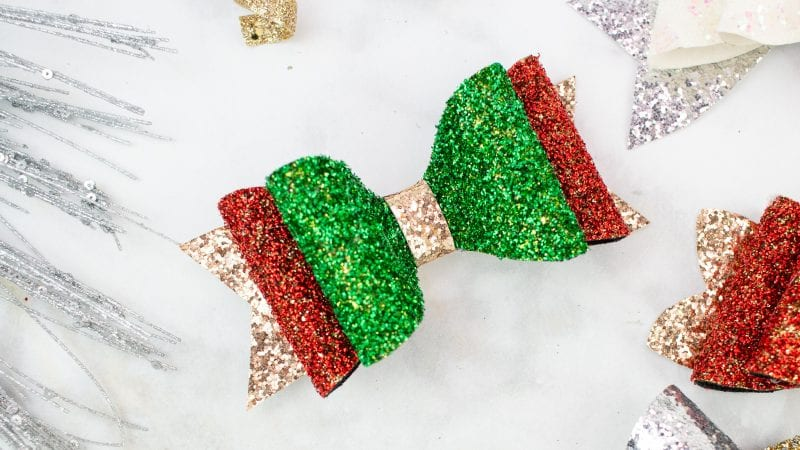How to Make Hair Bows: DIY Stacked Christmas Hair Bow Tutorial featured by top US craft blogger, Sweet Red Poppy: