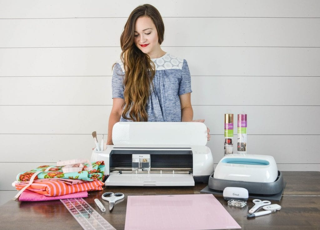 The Best Cricut Hacks featured by top US craft blog, Sweet Red Poppy