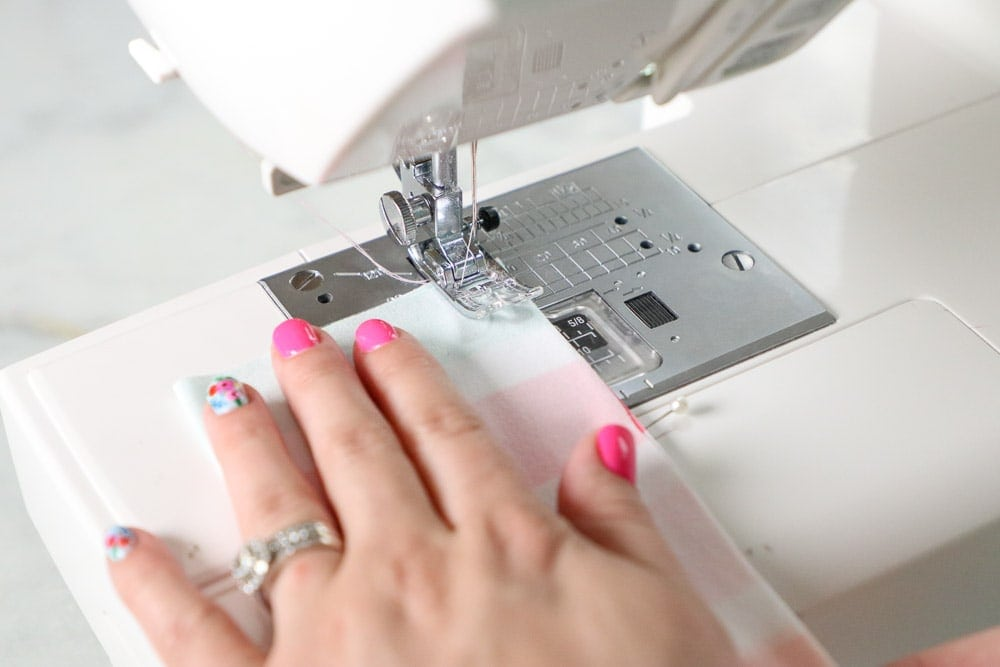 How to Sew an Ear Saver for an Elastic Face Mask, a tutorial featured by top US sewing blog, Sweet Red Poppy.