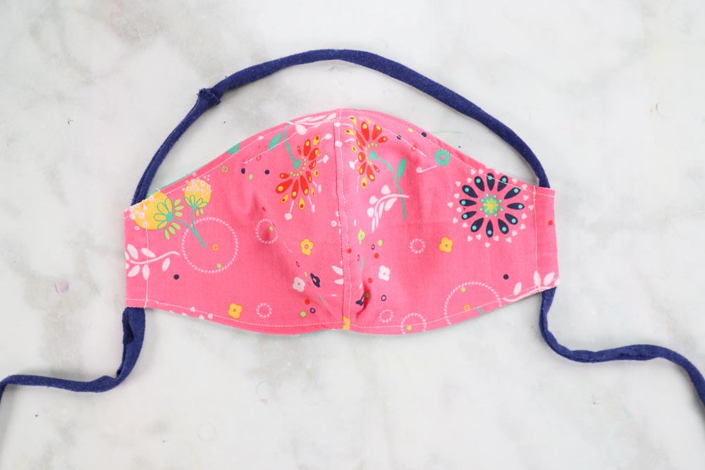 How to Sew a Fitted Face Mask with Casing, a tutorial featured by top US sewing blog, Sweet Red Poppy.