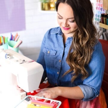 Ready, Set, Sew! An online sewing course for beginners by top US sewing blogger, Sweet Red Poppy.