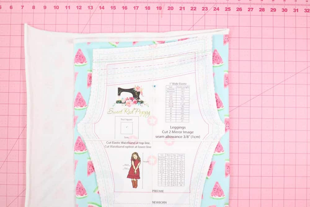 Elastic Waist Band |Leggings Pattern by popular US sewing blog, Sweet Red Poppy: image of a kids leggings waistband pattern.