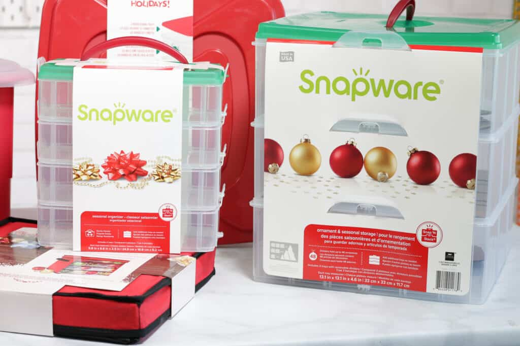 Joann Christmas Storage by popular US craft blog, Sweet Red Poppy: image of Snapware containers.