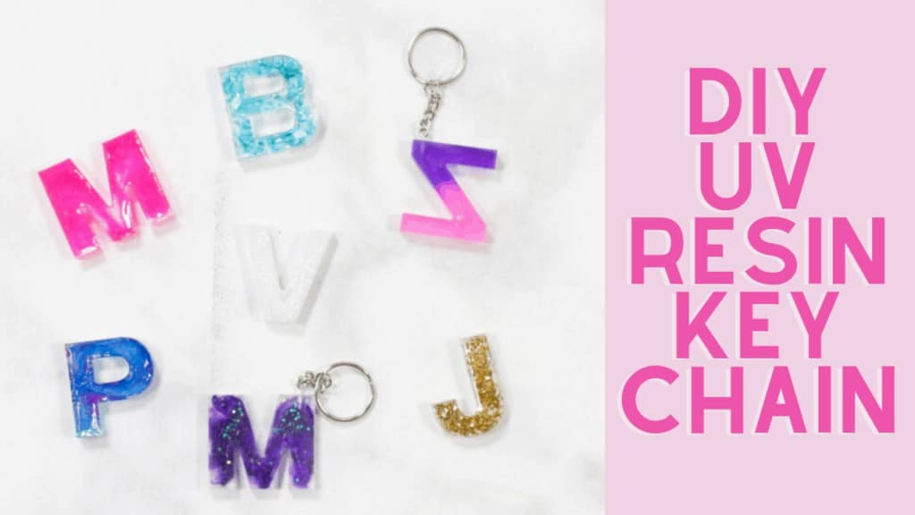 Resin Keychain by popular US craft blog, Sweet Red Poppy: Pinterest image of letter resin keychains.