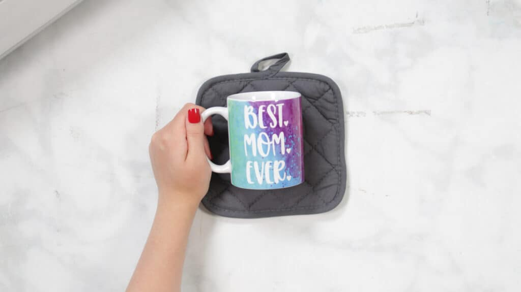 Finished Design |Mother's Day Mug by popular US craft blog, Sweet Red Poppy: image of a Mother's Day mug.