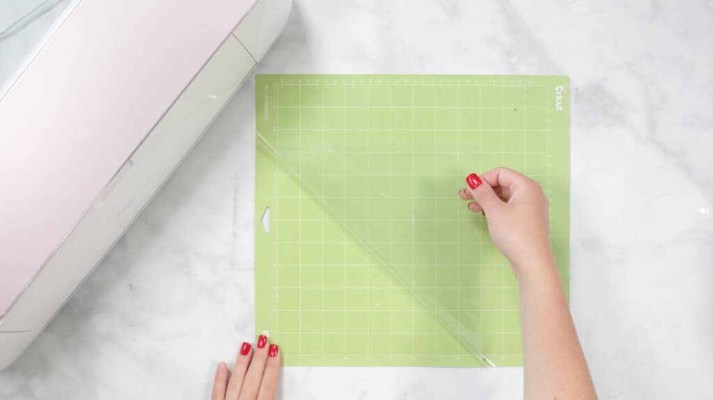 Remove Clear Liner |Mug Wrap Design File |Mother's Day Mug by popular US craft blog, Sweet Red Poppy: image of a Cricut standard grip mat.