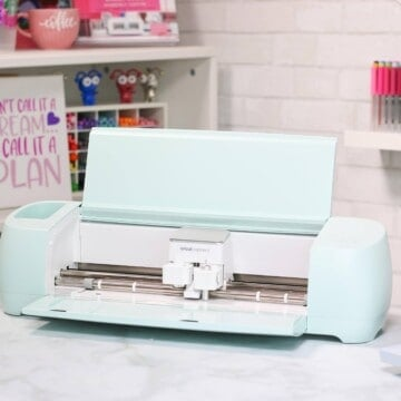 Cricut Explore 3 unboxing by top US craft blogger, Sweet Red Poppy
