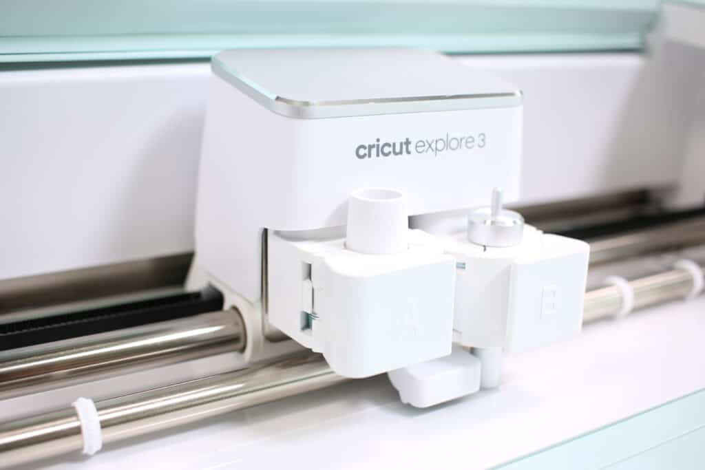 Cricut Explore 3 unboxing by top US craft blogger, Sweet Red Poppy. | Cricut Explore 3 by popular US craft blog, Sweet Red Poppy: image of a Cricut Explore 3.